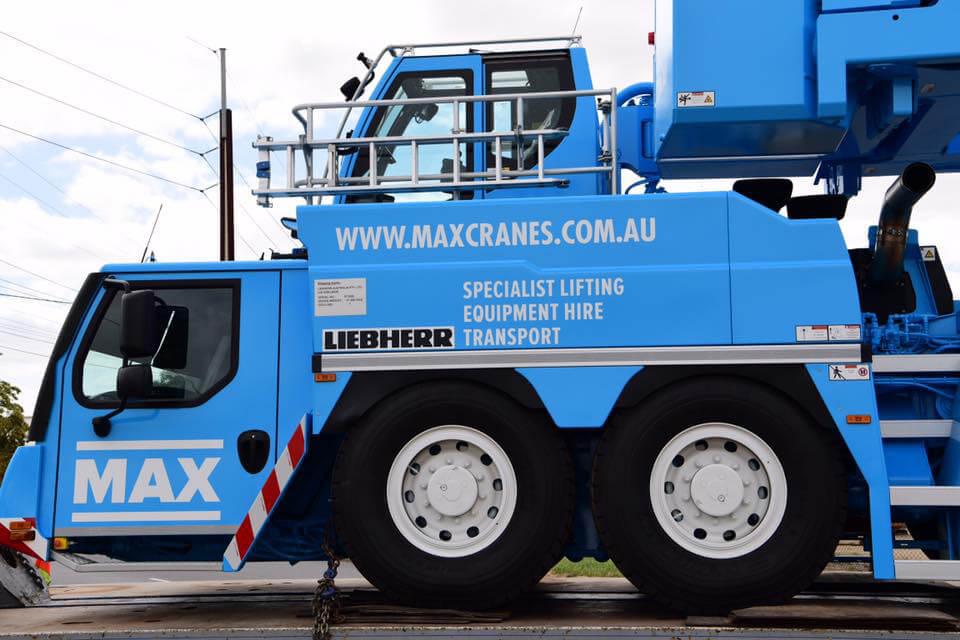 Liebherr LTM 11200-9.1 Arrival - Max Cranes