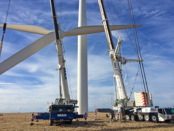 Windfarm Maintenance - Max Cranes