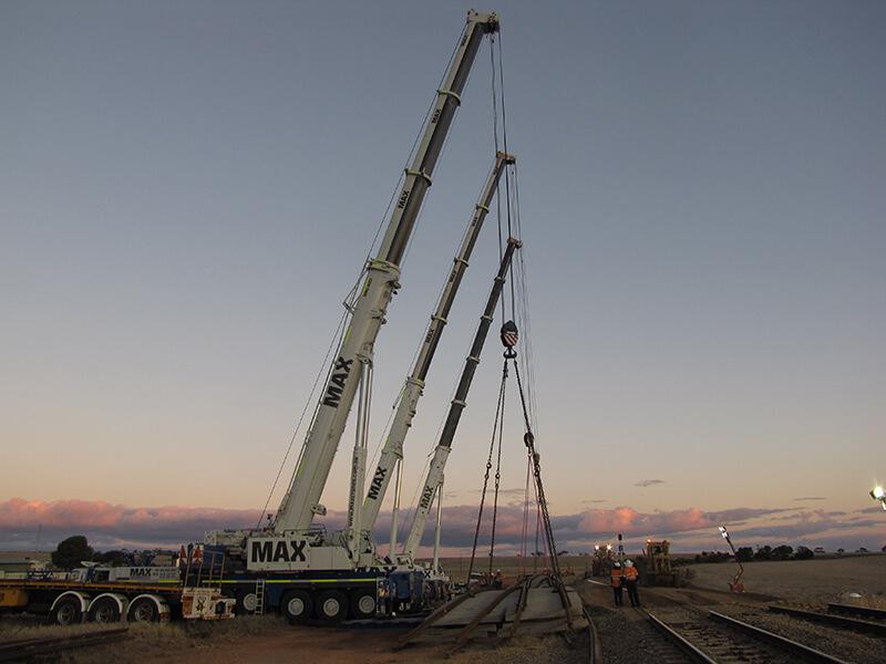 ARTC Triple Crane Lift – MAX Cranes
