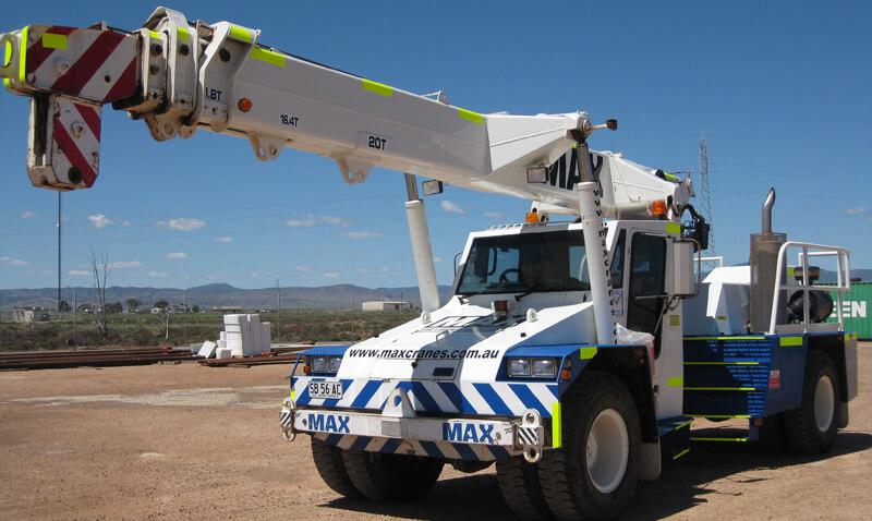 Franna 20 tonne crane - MAX Cranes