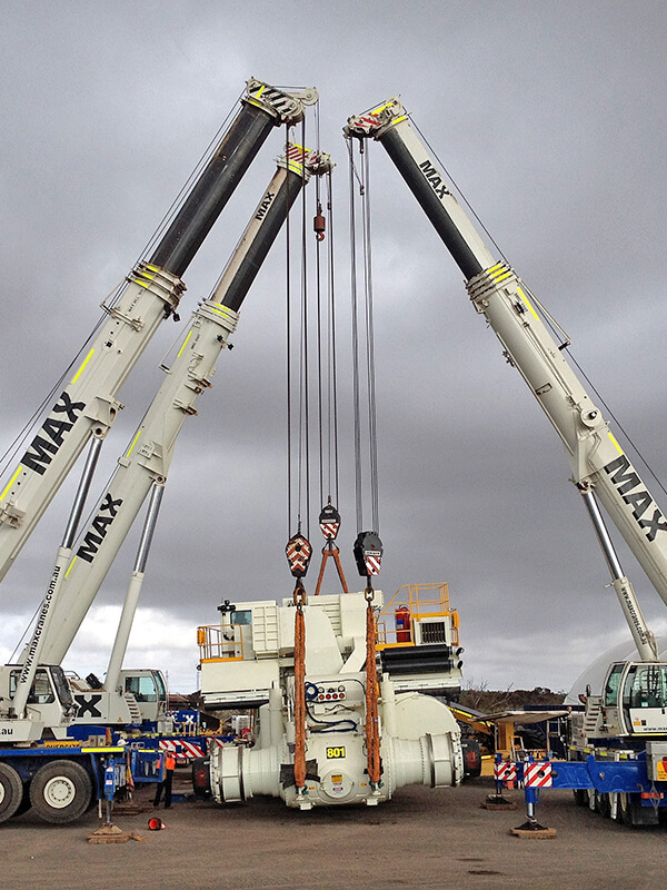 MT 4400 Load Out - Cat Global - MAX Cranes