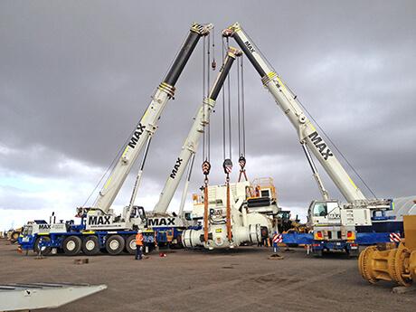 MT 4400 Load Out Cat Global - MAX Cranes