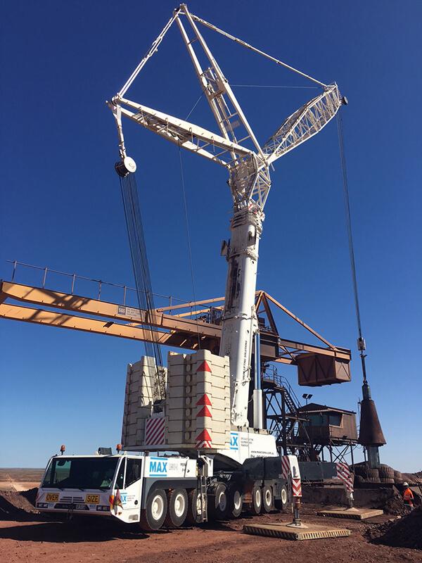 Oz Minerals Prominent Hill - MAX Cranes