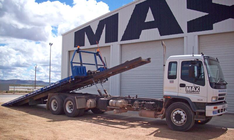 Tilt Tray - MAX Cranes