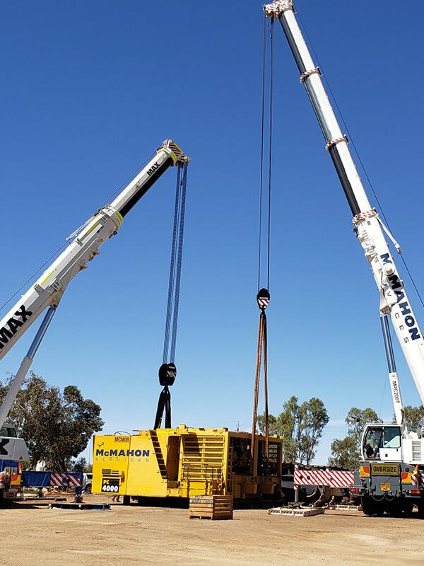 105t Dual Crane Lift